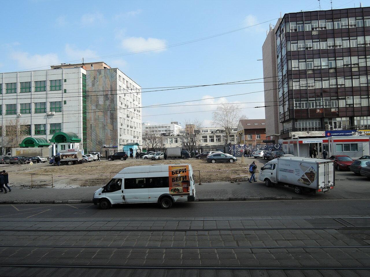 Семеновская. Пустое место