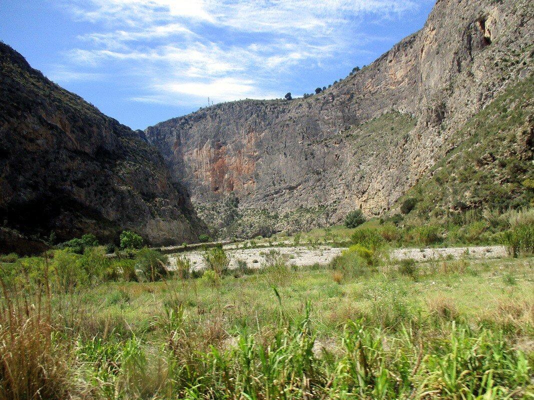 Пейзажи Андалусии. Долина Гуадальфео. Велес-де-Бенаудалья - Мотриль