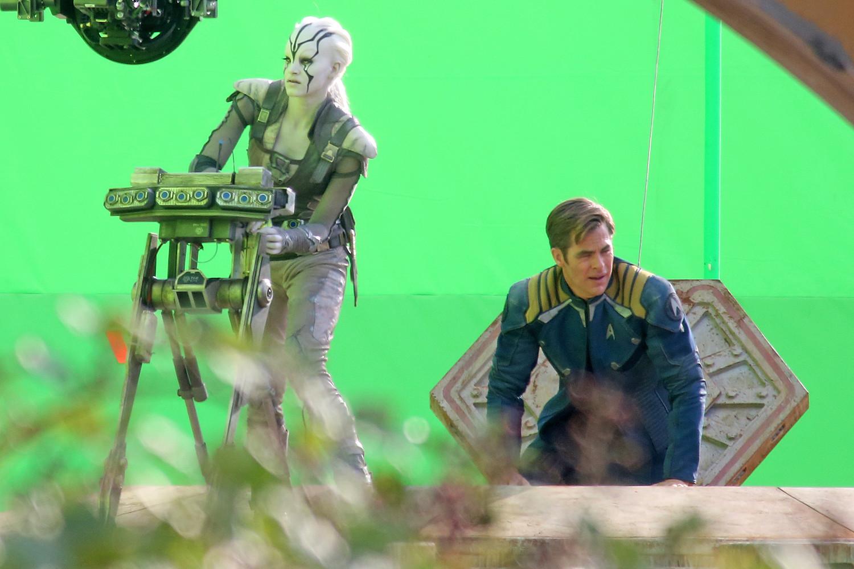 Переметнувшись в стан «Звездных войн», режиссер «Звездного пути» и «Стартрека: Возмездие» Дж. Дж. Аб