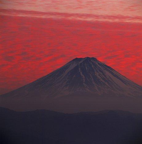 Гора имеет почти идеальные конические очертания и считается священной, служит объектом туризма, а та