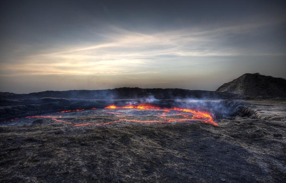 Вулкан Эрта Але, расположенный врегионе Афар— одно изсамых неспокойных мест напланете. Земля зде