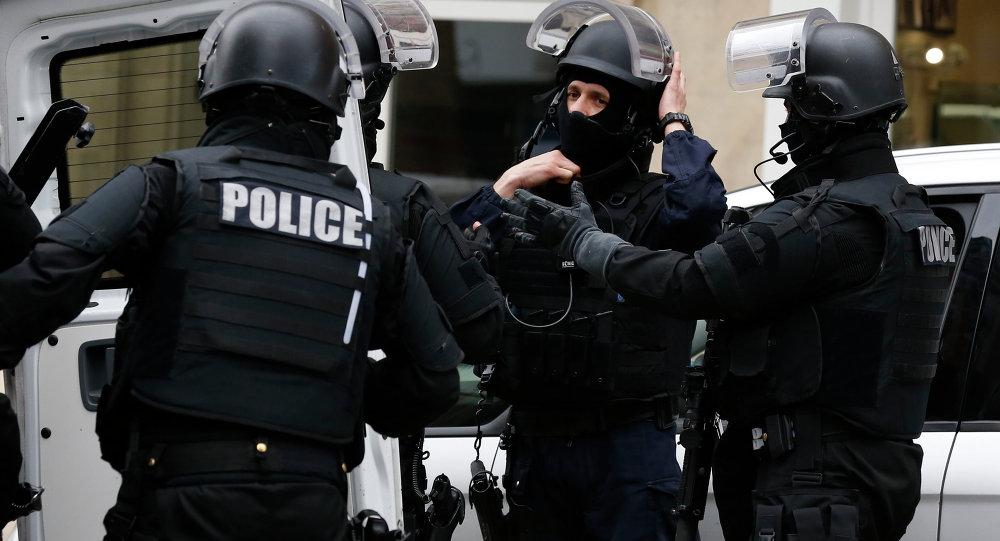 Больше 50 мотоциклов сгорели встолице франции в итоге умышленного поджога