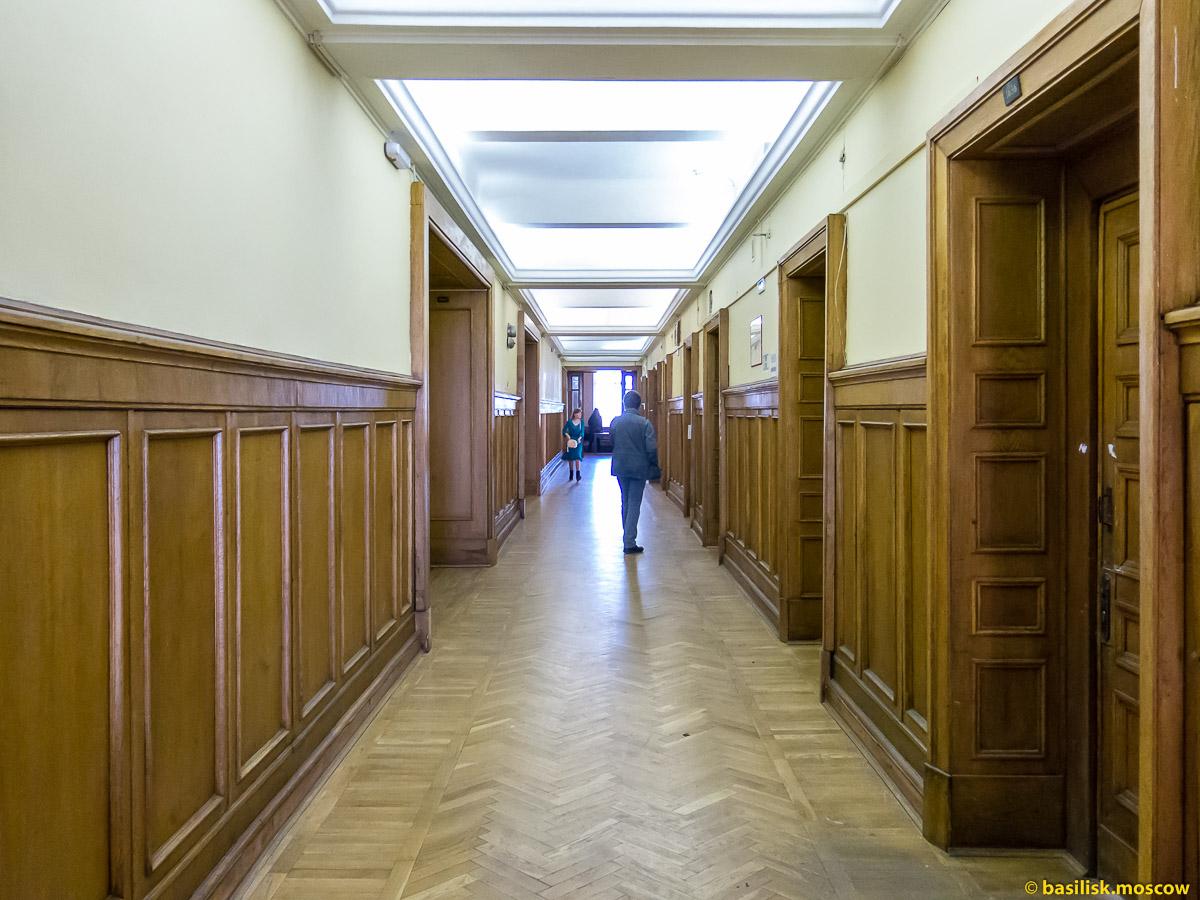 Столовая Главного здания МГУ. Март 2016. (10 фотографий)
