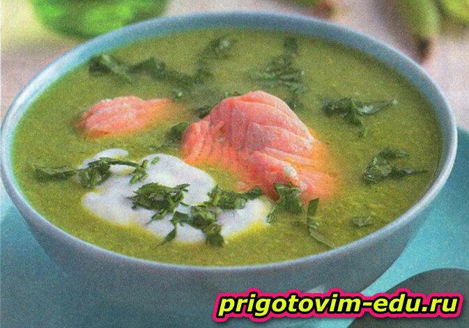 Крем-суп из горошка с лососем