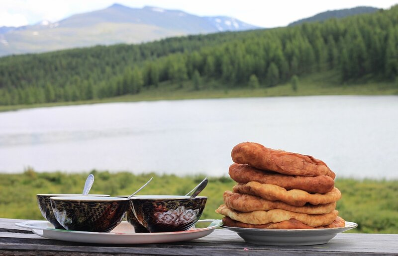 Лепёшки на Алтае (Flatbreads in the Altai)