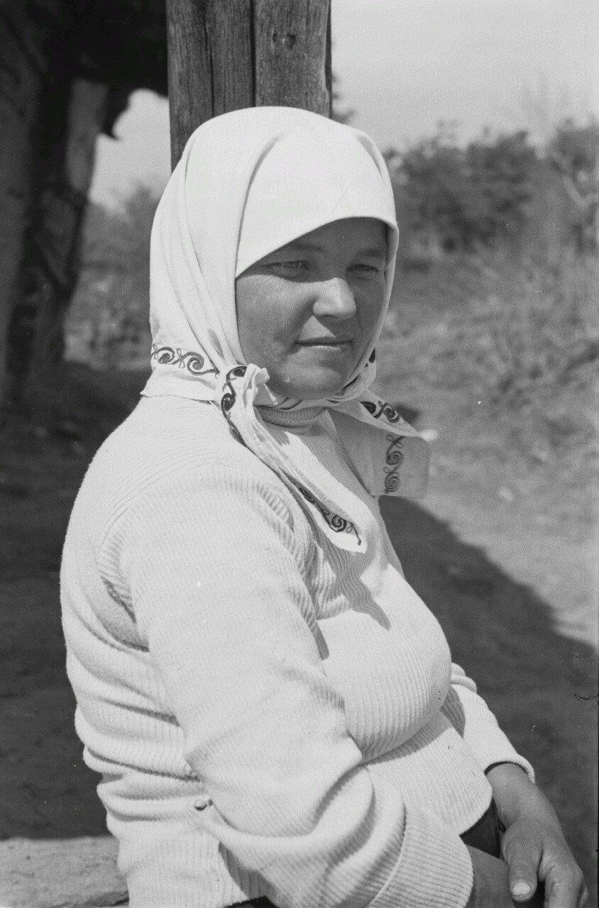 Портрет молодой крестьянки