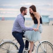 Влюбленные на велосипеде