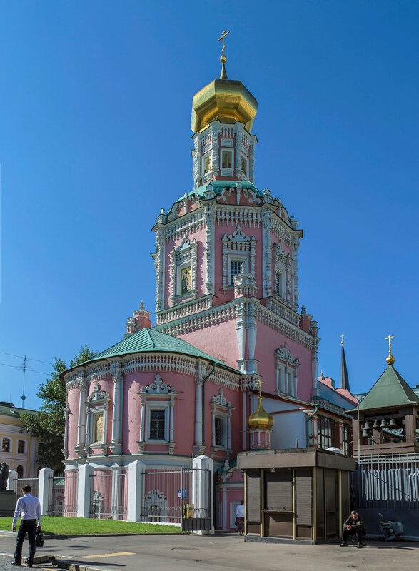 Богоявленский Собор в Китай-Городе в Москве.jpg