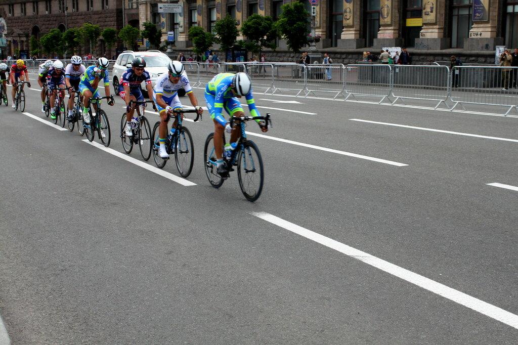 Лидеры велогонки на Крещатике