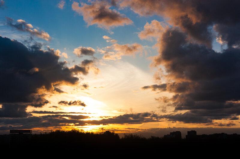 Небо над Лобней