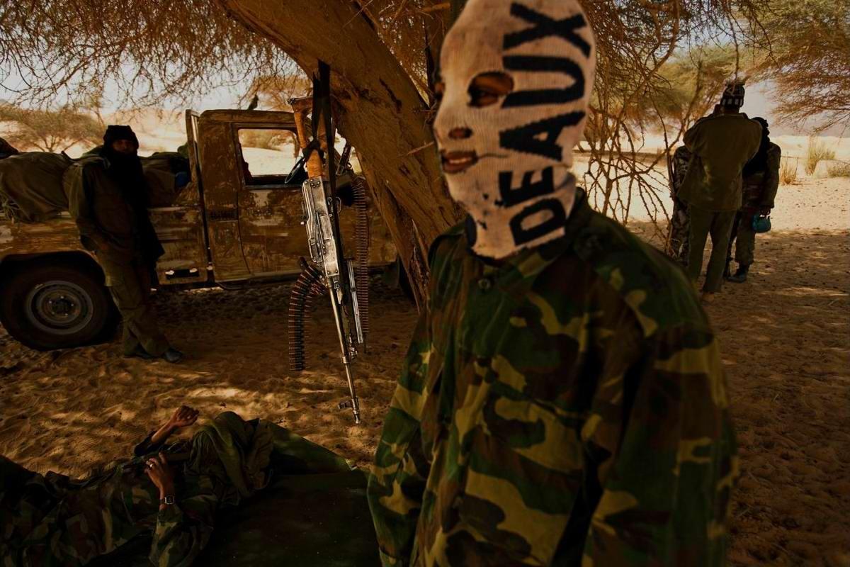 Воинственные североафриканские туареги на снимках фотографа из ЮАР Brent Stirton (15)