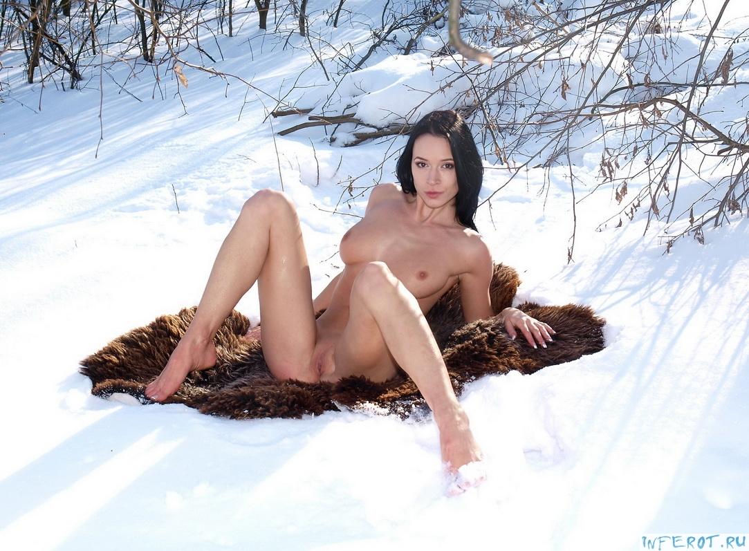 зимний эротический фотосет