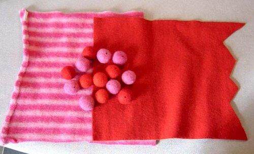 0 43dd9 3b910c77 L Игольница своими руками из старого свитера