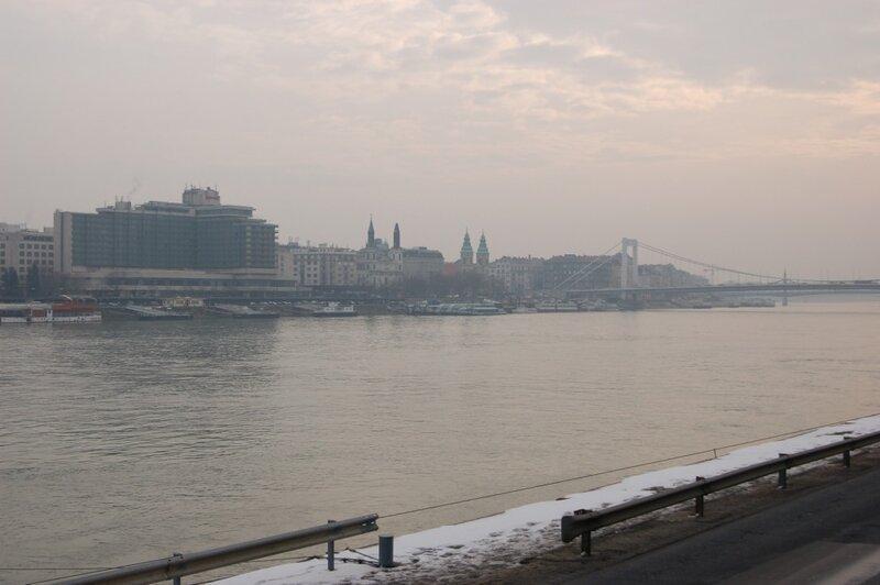 8. Будапешт, одна из столиц европейского порно.