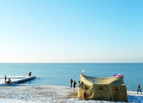 На берегу Крещенских купаний (1).jpg