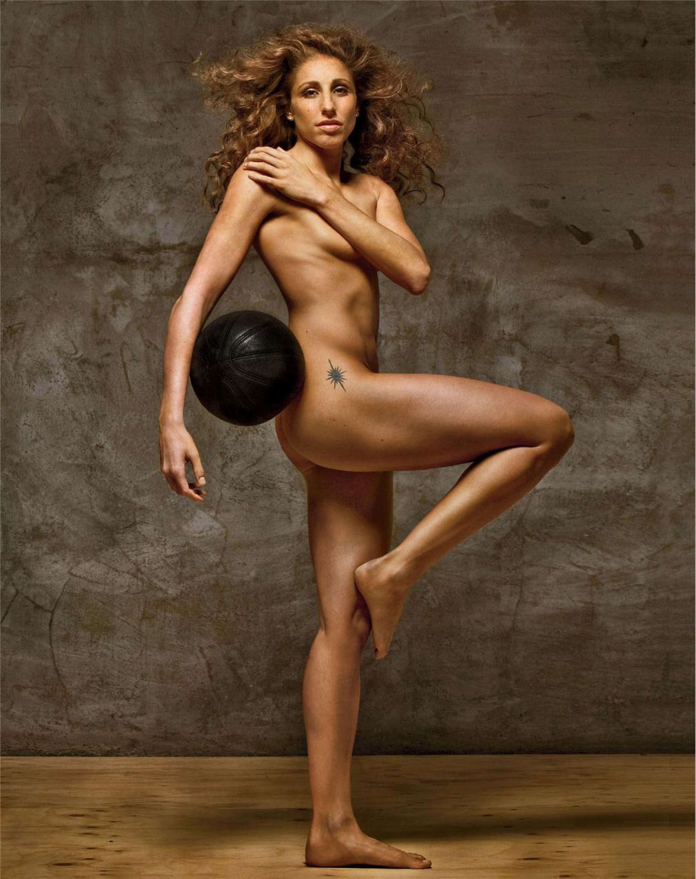 Спортивное голое тело женщин 8 фотография