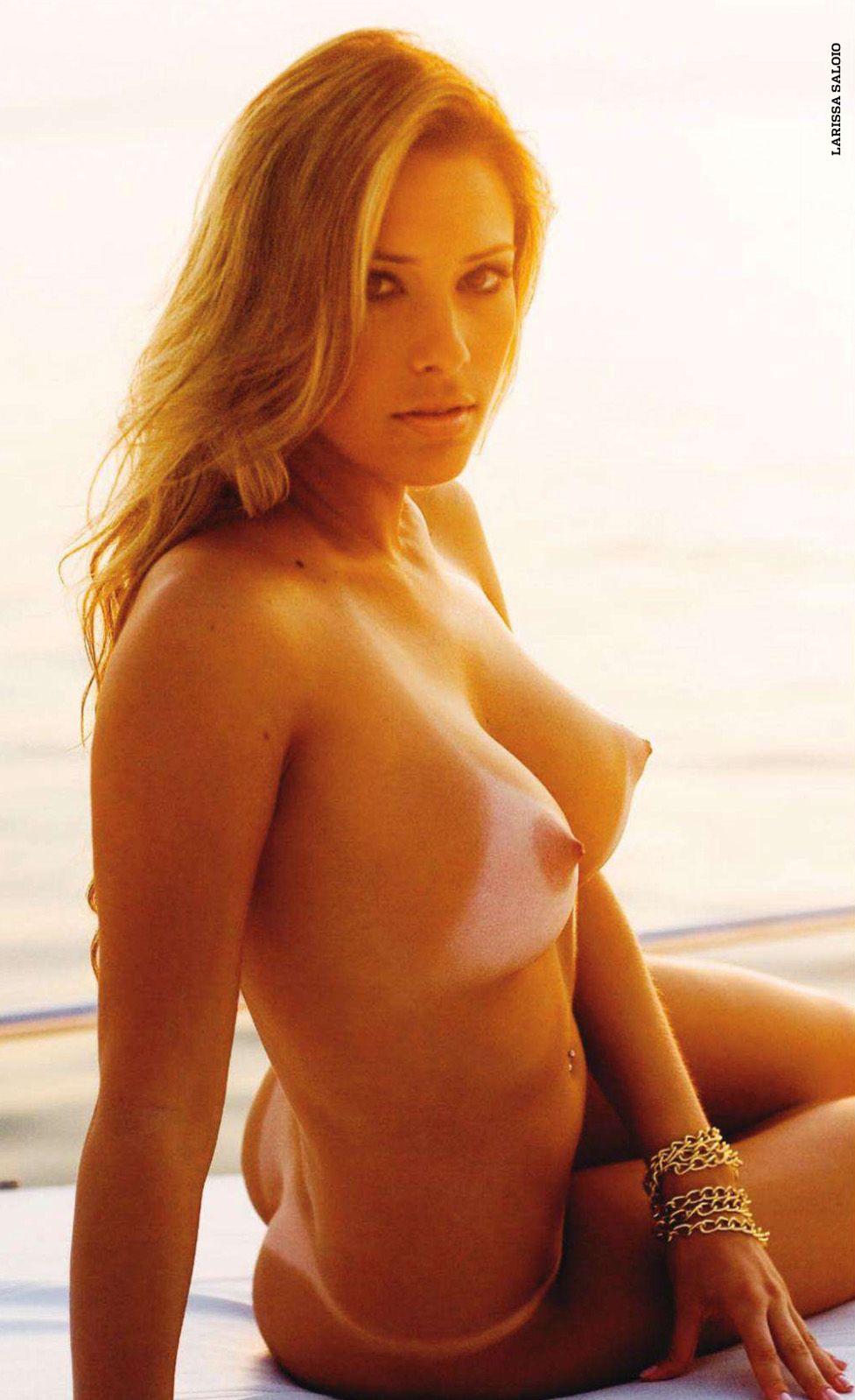 бразильские девушки / Especial Brasilenas in Playboy Spain january 2011 - Larissa Saloio
