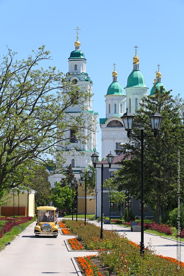 Успенский кафедральный собор в Астраханском кремле