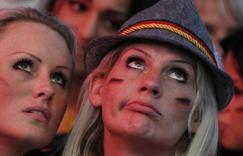Германия   Италия, 1:2. Фотографии самого интересного футбольного матча