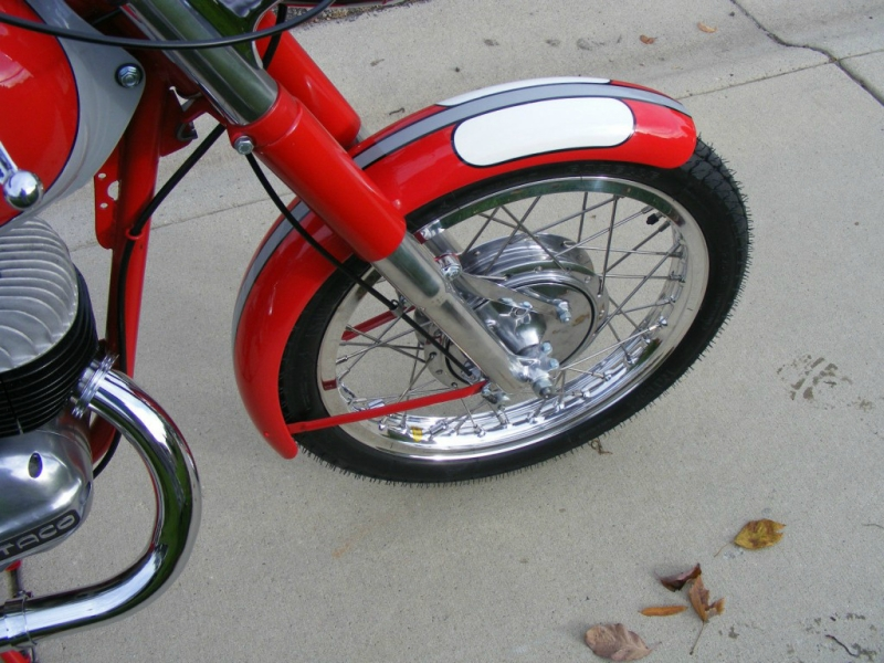 bultaco200-1966-4-1024x768.jpg