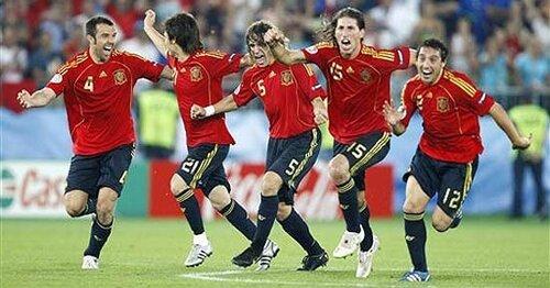 испанцы - чемпионы!!!!!!!  ВСЕГДА!!!!))