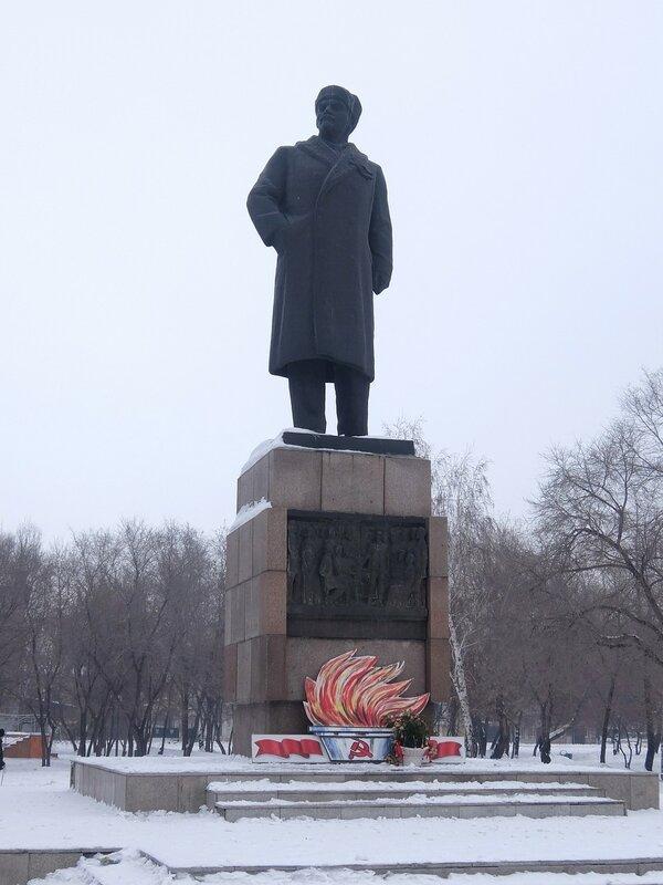 Минусинск - Памятник Ленину