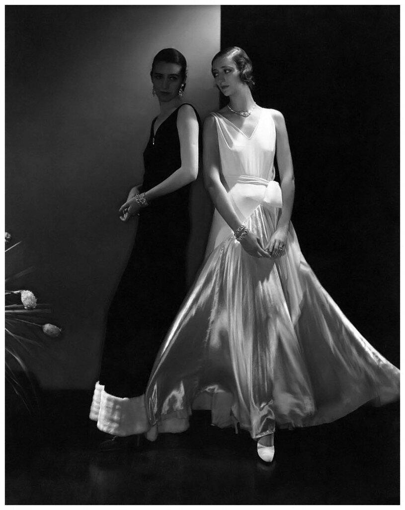 photograph-by-edward-steichen-ca-1930-815x1024.jpg
