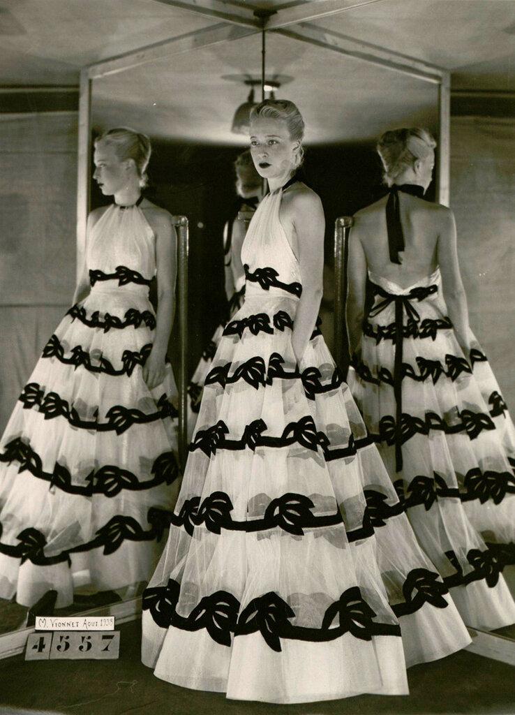 robe-du-soir-hiver-1938.jpg