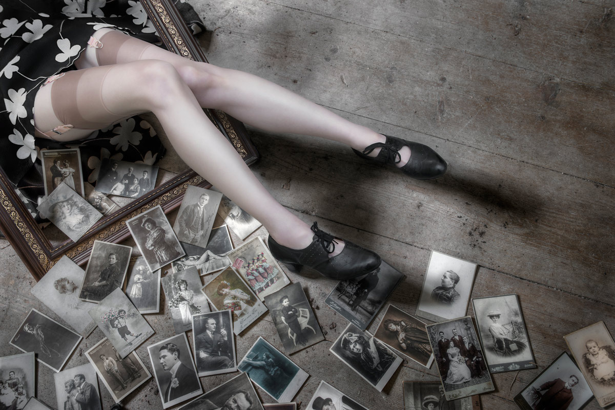 Женские ножки - legs without girl / Gerhard Großberger