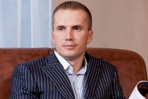 Янукович займется бизнесом вЧерногории вместе с  моделью Playboy