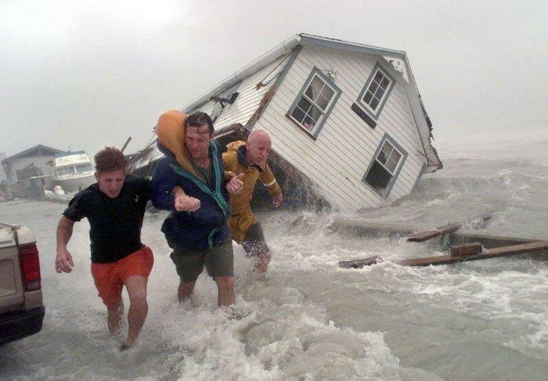 Как это было: Самые мощные ураганы в истории США и других стран