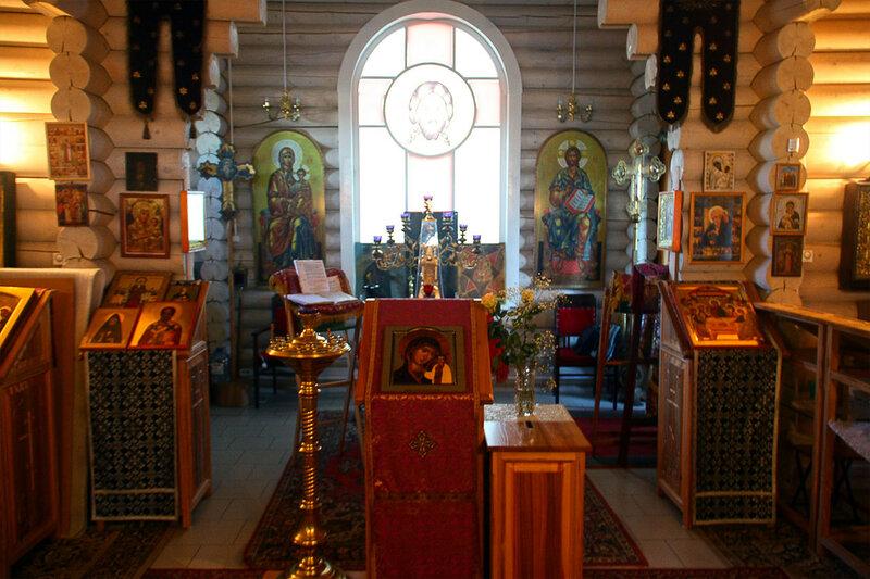 алтарь временного храма на период ремонта Церкви Троицы Живоначальной