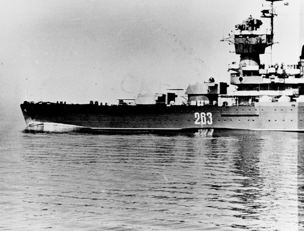 KOMSOMOLETS, Soviet Light Cruiser. Photographed during mid-1969 in the Baltic Sea.