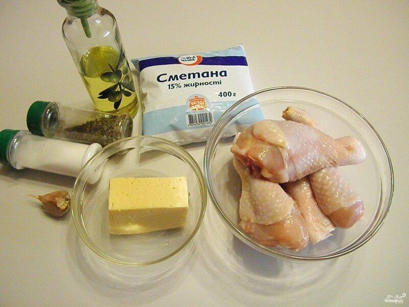 Куриная голень под соусом
