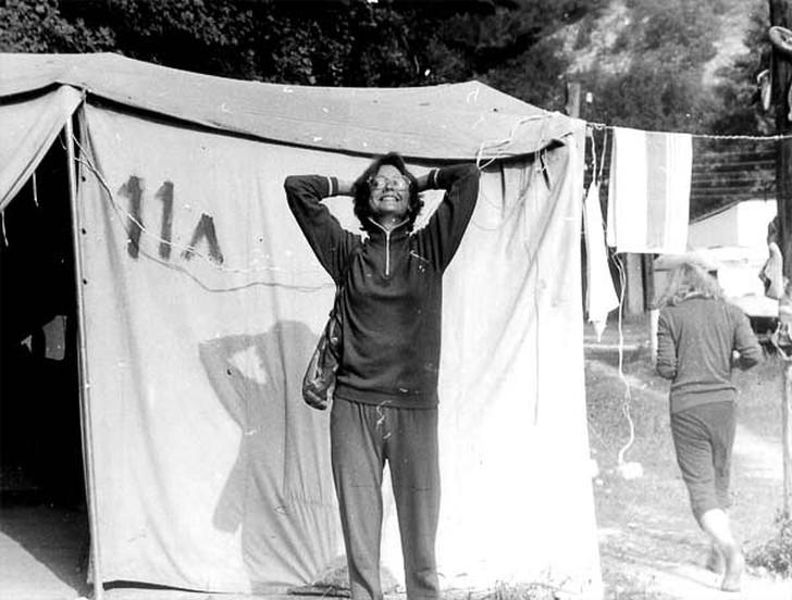 17. Турслет. Типичный спортивный костюм советского времени. И даже черно-белое фото не может перебит