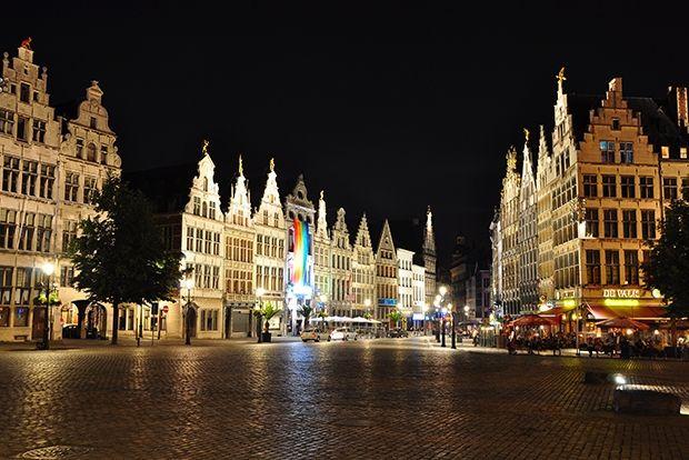 Антверпен, Бельгия, 88 евро в сутки Антверпен — город модных бельгийских дизайнеров и искусств