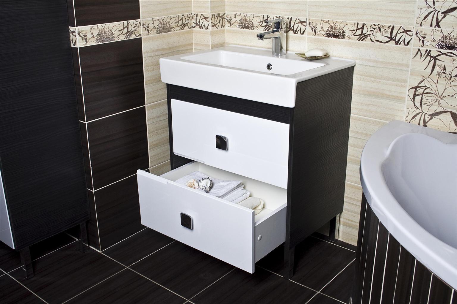 Выбираем мойдодыр для средней по размеру ванной комнаты (1 фото)