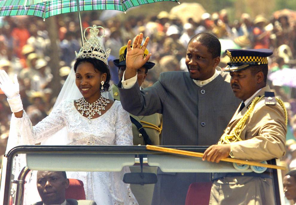 По последним оценкам уровень заражения ВИЧ в Лесото достигает 29 %, и по прогнозам ООН он возра