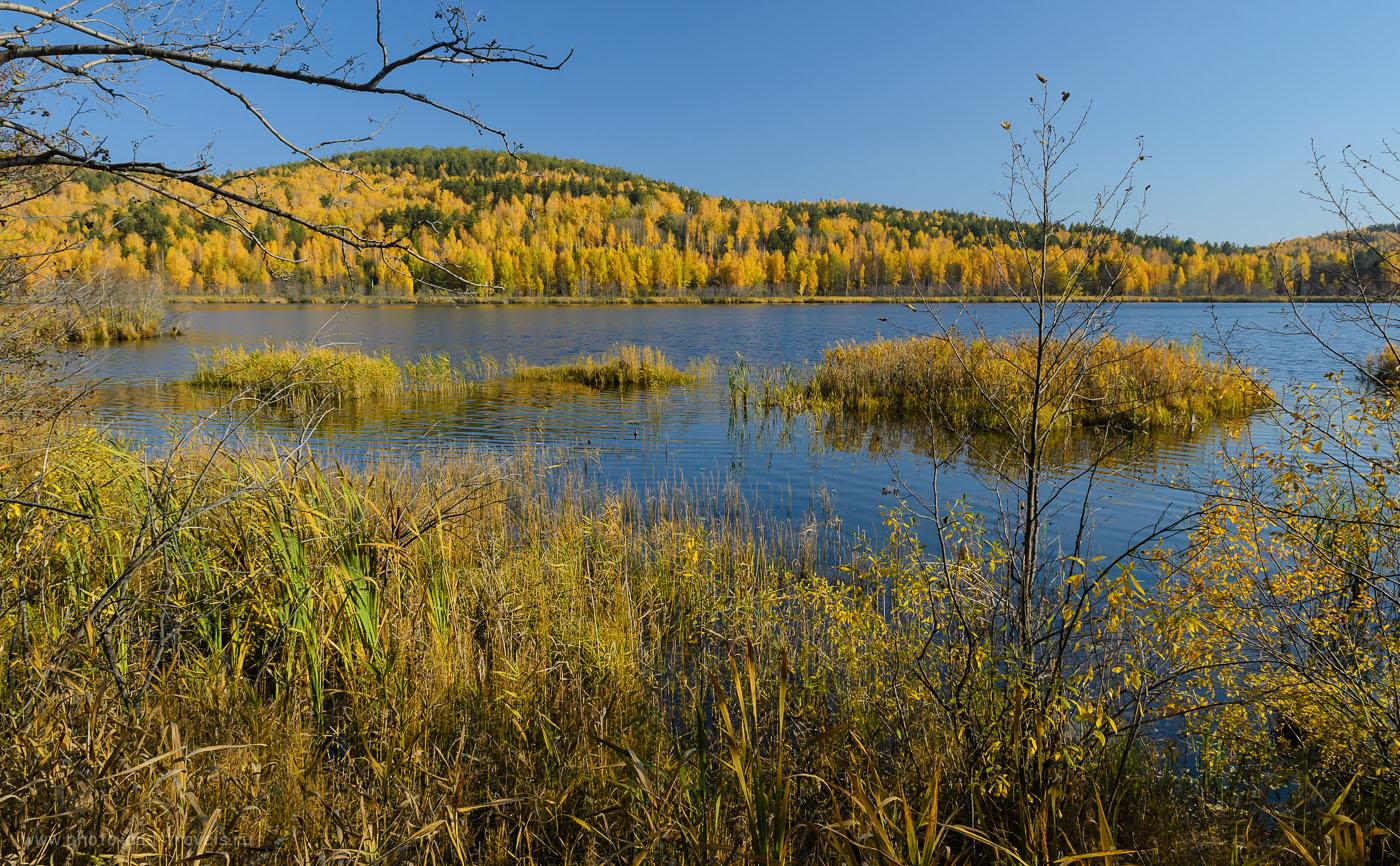 15. Озеро Светленькое у поселка Вишневогорск. Мы проезжаем его, когда нужно добраться на Аракуль. Nikon D5100 + Nikon 17-55mm f/2.8G. 1/125, -1, 9, 17, 200