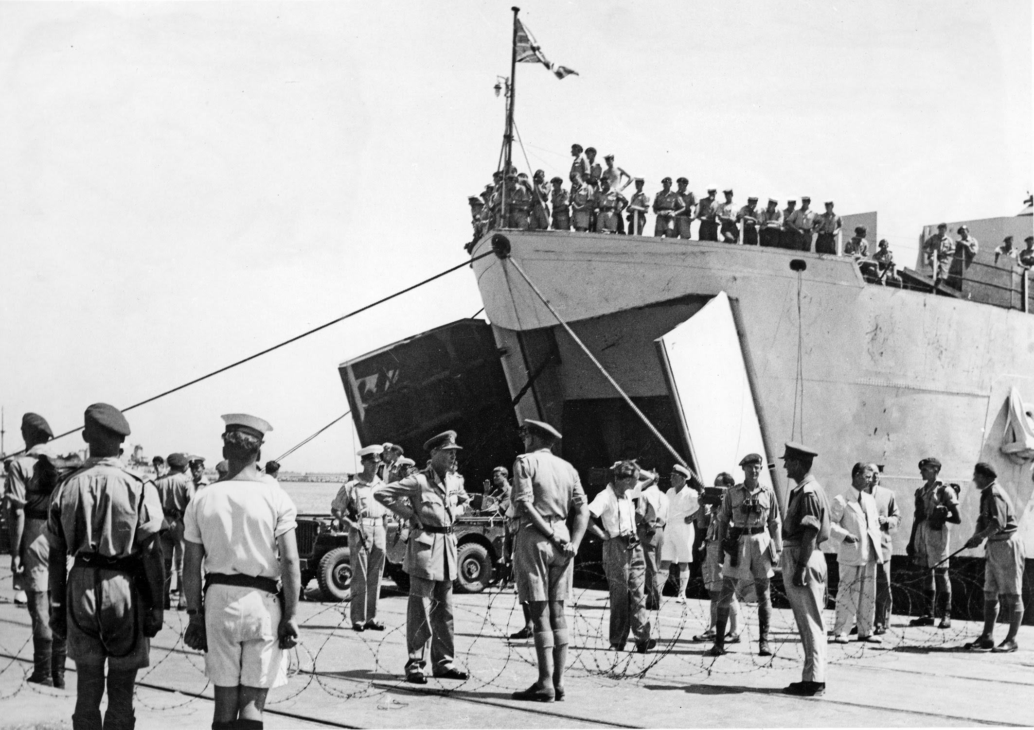 Британские войска покидают Хайфн