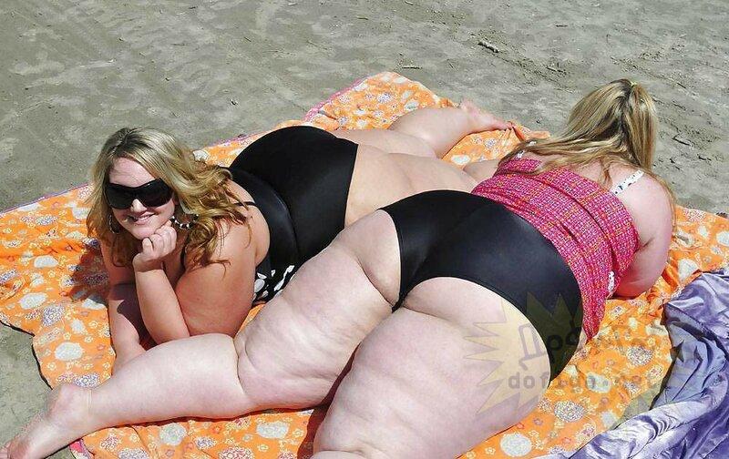 толстые в бикини раком