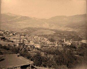 Вид на жилые дома в ауле Дере-Кий.