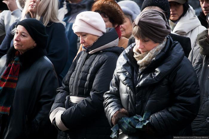 0_b380e_5418c9a8_orig В Москве почтили память жертв Норд-Оста (фото)