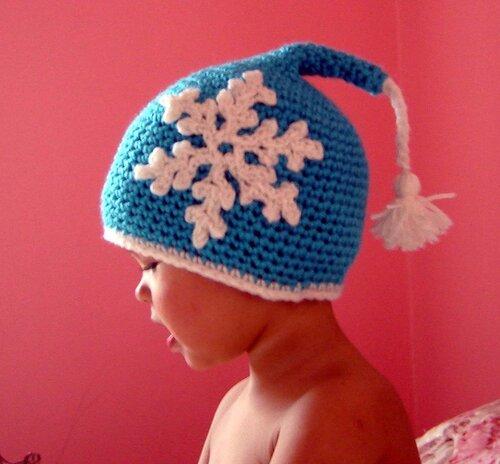 """Ну и  """"на закуску """" зимние шапочки со... схемы вязаных снежинок. вы можете..."""