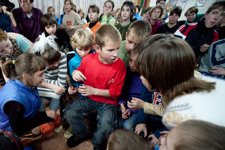 Закон о запрете усыновления американских детей россиянами + полный список Магнитского.