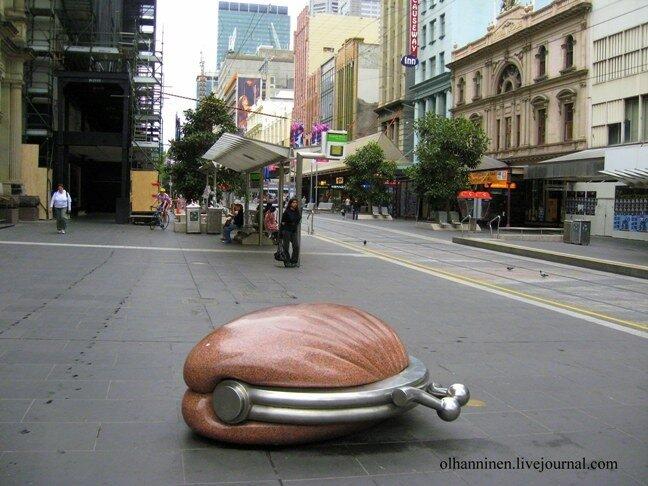 Австралия Мельбурн кошелек скульпутура улица