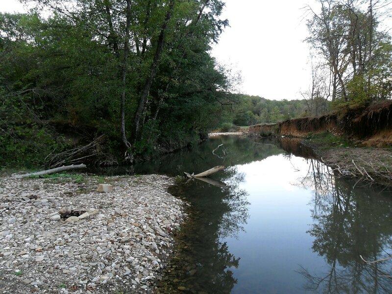 У реки Каверзе окрестности Горячего Ключа