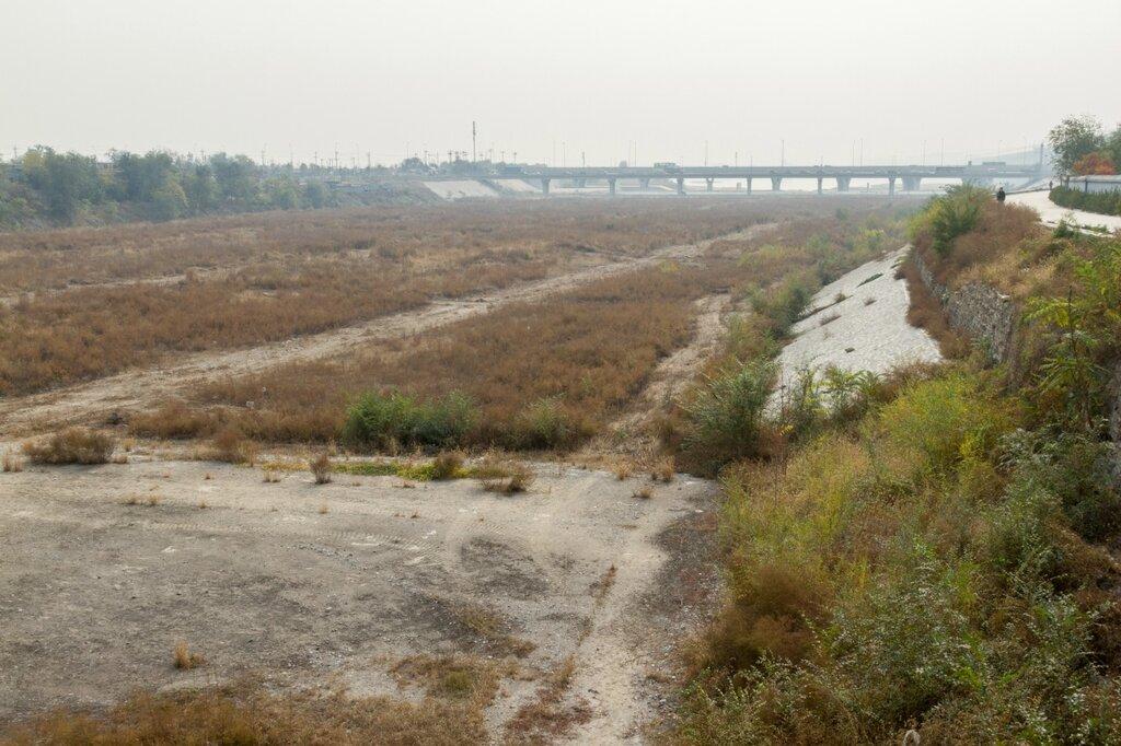 Пересохшая река Юндинхэ