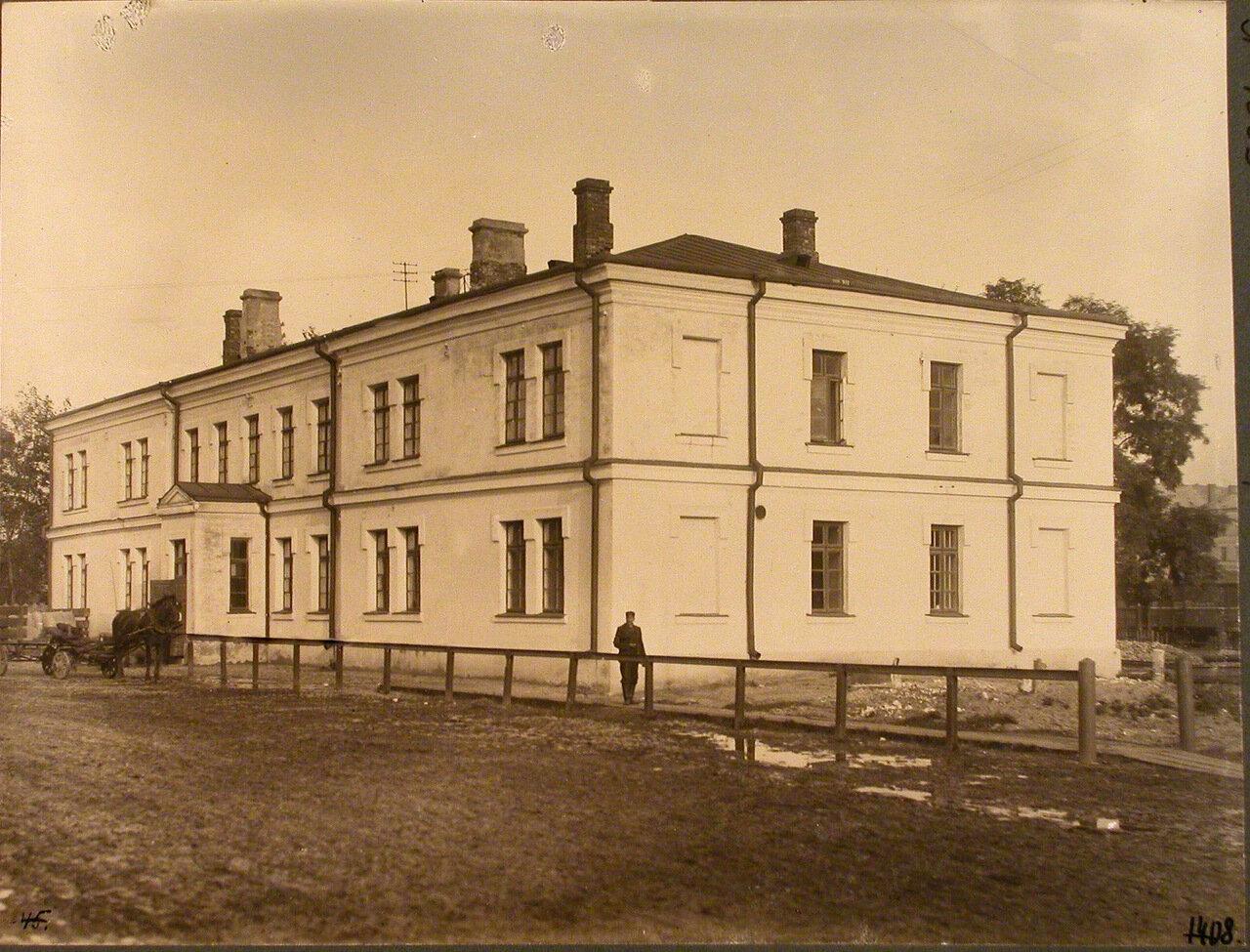 Варшавская губерния. Варшава. 1046 верста. Вид здания товарной конторы на станции.