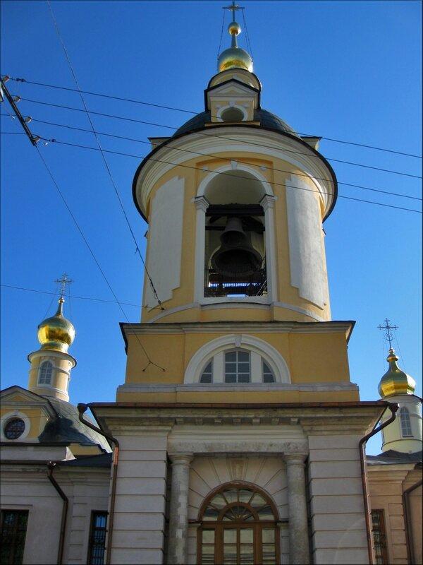 Колокольня церкви Антипия